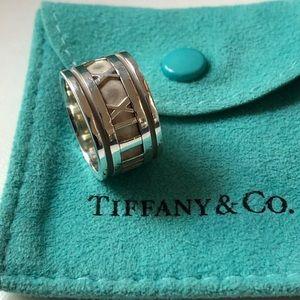 Tiffany & Co. Wide Atlas ring